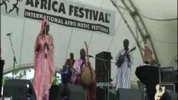 Moussa Kouyate feat Mamani Keita  in Concert 2008 - 4