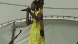 Dobet Gnahore in Concert 2010 - 3