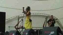 Dobet Gnahore in Concert 2010 - 7