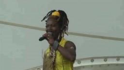 Dobet Gnahore in Concert 2010 - 11