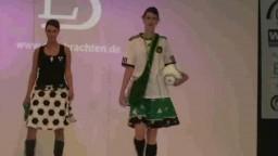 Fashion Show, 2010 - 69