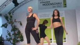 Fashion Show, 2010 - 78
