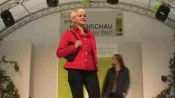 Fashion Show, 2010 - 87