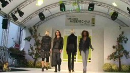 Fashion Show, 2010 - 95