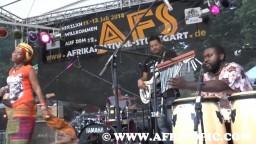 Yvonne Mwale in Concert 2014 - 10