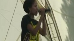 Nneka in Concert, 2009 - 2
