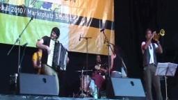 Gattamolesta in concert, 2010